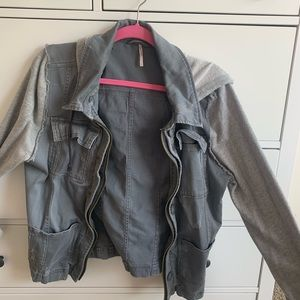 Free People Jackets & Coats - GREY FREE PEOPLE JACKET W/HOOD